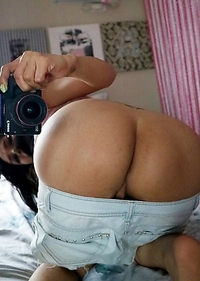 TS Filipina Lusty Mirror Selfie