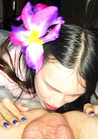 It's all smiles and bareback with Ladyboy Pooh from Bangkok in this action packed LadyboyHandjobs episode. Enjoy a milking handjob by a pantyless