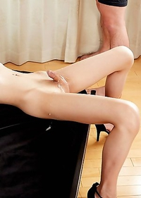 Chulin Nakazawa her hard clit fully covered with guys cum!
