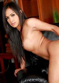 Asian Femboy - Lucky