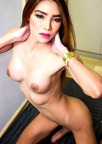 Cute Asian T-Girl Maky