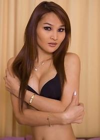 Cute Asian T-Girl Paris