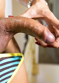 Sandy handjob and slut wear creampie